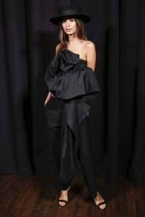 Emily Ratajkowski al Marc Jacobs Fashion SHow,NY