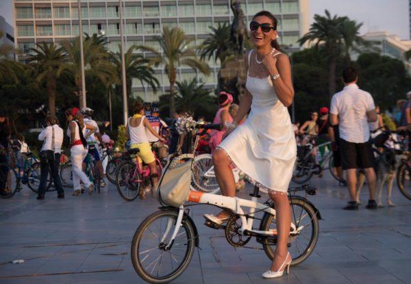 KLM partecipa alla Fancy Women Bike Ride