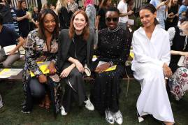 Tiffany Haddish, Julianne Moore, Danai Gurira and Katie Holmes al Tory Burch Fashion Show, NY