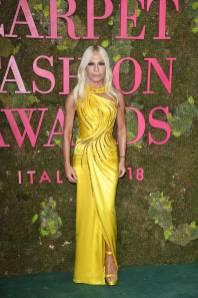 Donatella Versace in Atelier Versace ai Green Carpet Fashion Awards, Milan Fashion Week