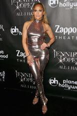 Jennifer Lopez in Tom Ford e pumps Giuseppe Zanotti, Las Vegas