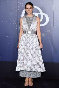 Keira Knightley in Chanel e scarpe Chloe Gosselin al Paris Opera Ballet Gala