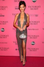 Bella Hadid in Julien Macdonald al Victoria's Secret show after-party,NY