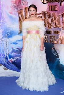 Keira Knightley in Chanel alla 'The Nutcracker and the Four Realms' Premiere, London