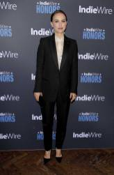 Natalie Portman in Celine by Hedi Slimane all'IndieWire Honors 2018, Los Angeles