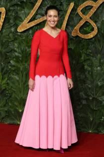 Emilia Wickstead in una sua creazione ai Fashion Awards 2018, London
