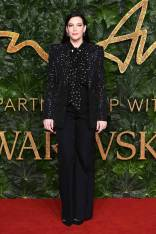 Liv Tyler in Givenchy Haute Couture ai Fashion Awards 2018, London