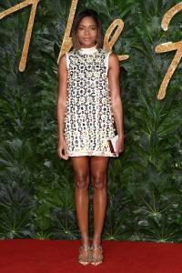 Naomie Harris con gioielli Atelier Swarovsky ai Fashion Awards 2018, London