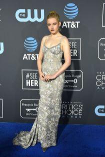 Julia garner ai 2019 Critics' Choice Awards