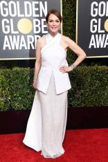 Julianne Moore in Givenchy Haute Couture ai Golden Globes 2019