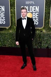 Richard Madden in Giorgio Armani ai Golden Globes 2019