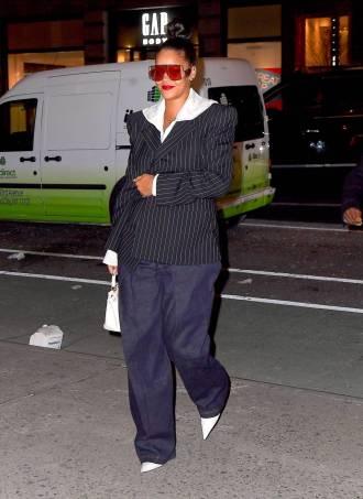 Rihanna, NY