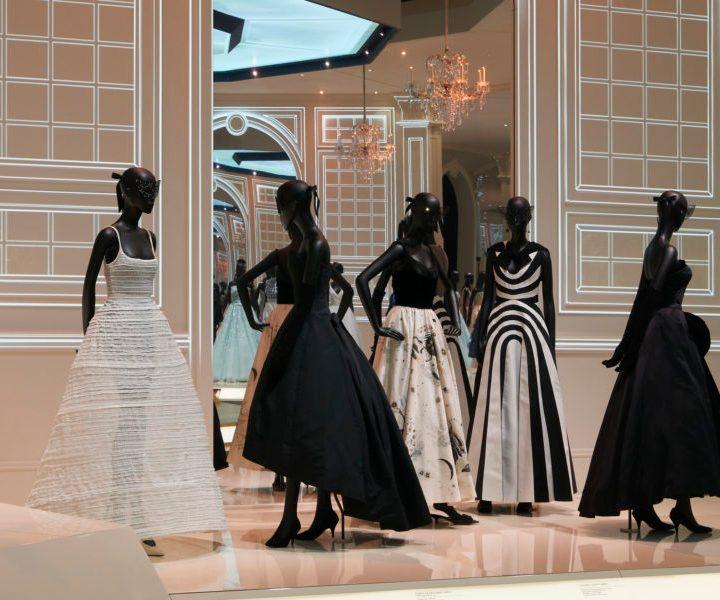 Londra celebra Dior, Designer of Dreams