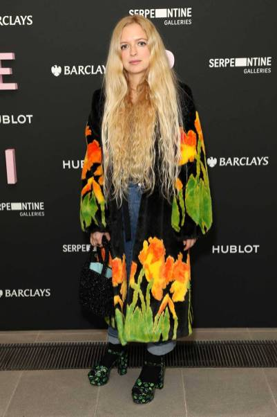 Hannah Weiland in Shrimps alla Future Contemporaries Mystery Nights Launch, Serpentine Galleries