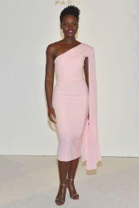 Lupita Nyong'o in Alex Perry alla presentazione di Zendaya come ambassador di Lancôme