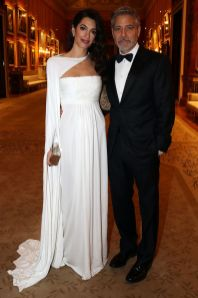 Amal Clooney in Jean-Louis Scherrer by Stephane Rolland e George Clooney al party della The Prince's Trust,Buckingham Palace