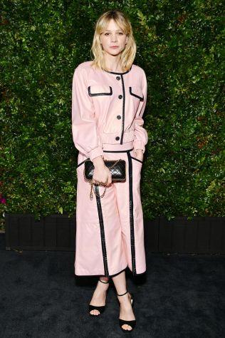 Carey Mulligan in Chanel alla Chanel and Charles Finch Pre-Oscar Awards dinner.