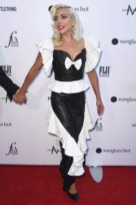 Lady Gaga in Rodarte ai Daily Front Row Fashion Awards