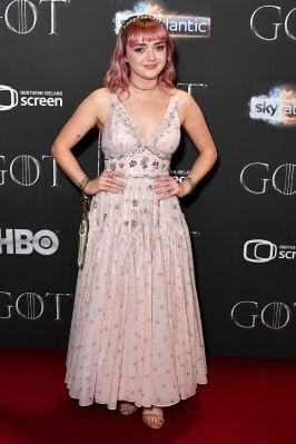 Maisie Williams in Coach alla premiere of of Game of Thrones , Belfast