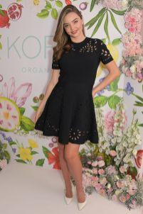Miranda Kerr in Valentino al lancio della linea skincare Kora Organics, London