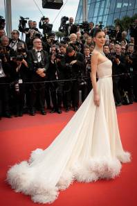 Camila Morrone in Miu Miu al Cannes Film Festival Red Carpet 2019