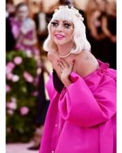 Lady Gaga in Brandon Maxwell con gioielli TIffany & Co. al MET Gala, NY