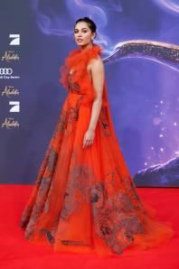 Naomi Scott in Valentino all'Aladdin Premiere, Berlin