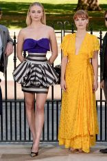 Sophie Turner, in Lous Vuitton,e Jessica Chastain, in Caroline Herrera, al photo call for X-Men Dark Phoenix, London
