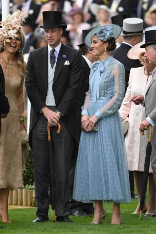 Il Duca e la Duchessa di Cambridge, in Elie Saab, al Royal Ascot
