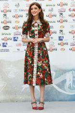 Natalia Dyer in Dolce & Gabbana al Giffoni Film Festival.