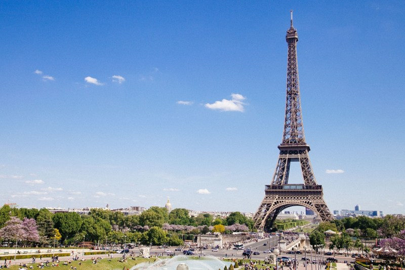 Eiffel Tower Romantic Destinations around the world
