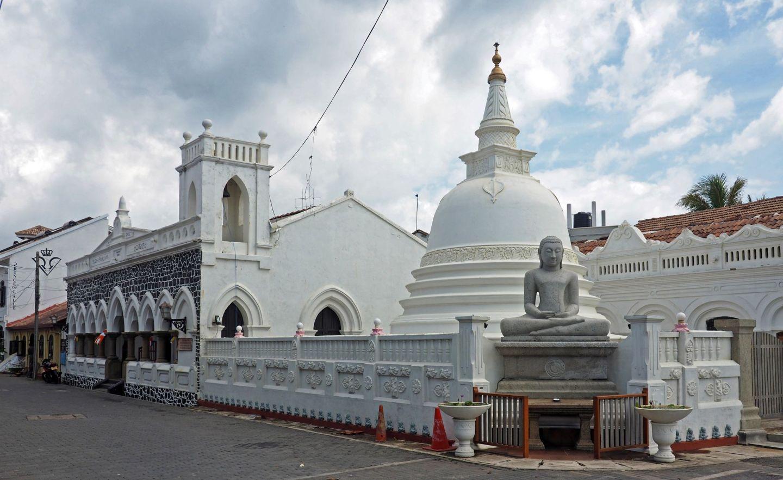 Temple in Galle Sri Lanka