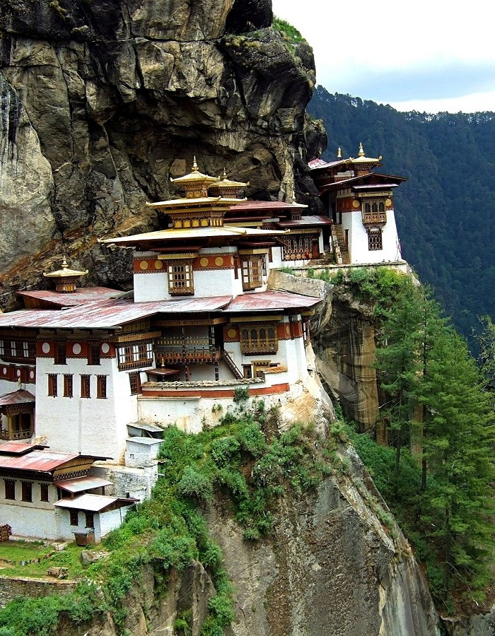 10 Reasons to go on Honeymoon to Bhutan