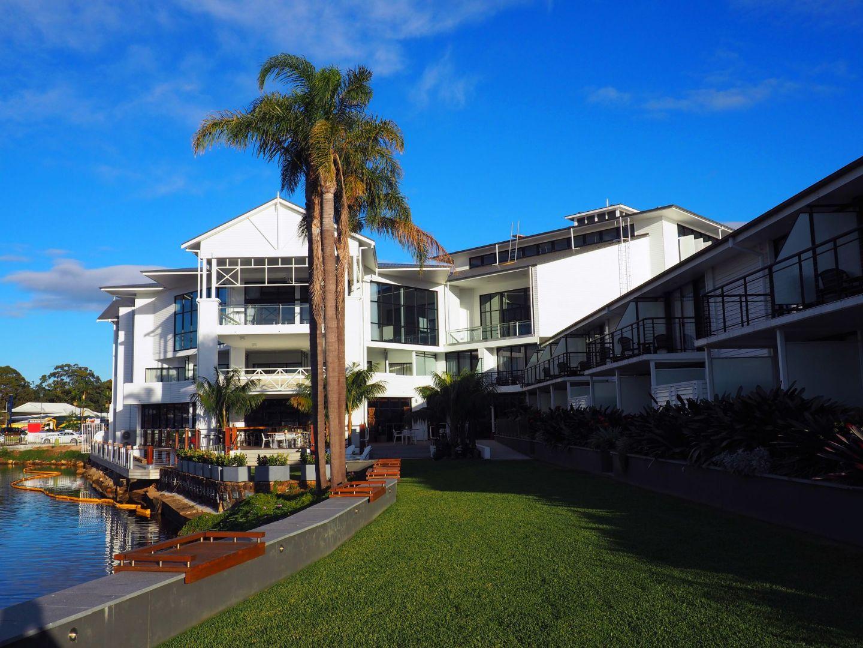 Hamptons Design Sails Port Macquarie