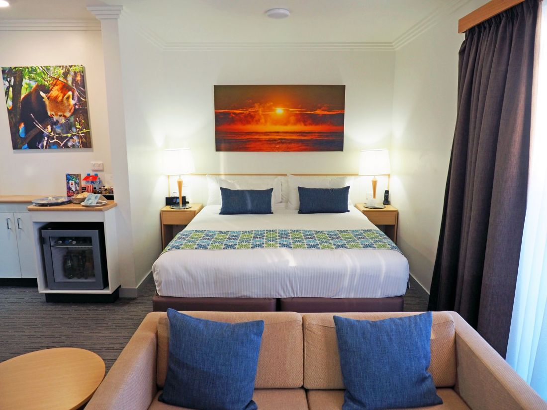 Queen Bed and Lounge Room Sails Port Macquarie