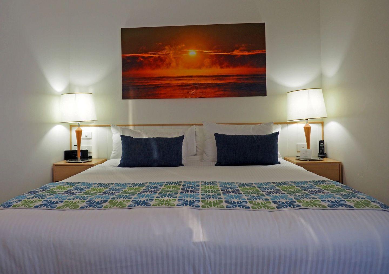Sails Port Macquarie Bed