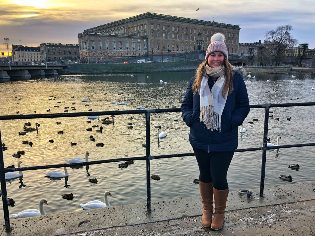 Simone in front of Royal Palace Stockholm