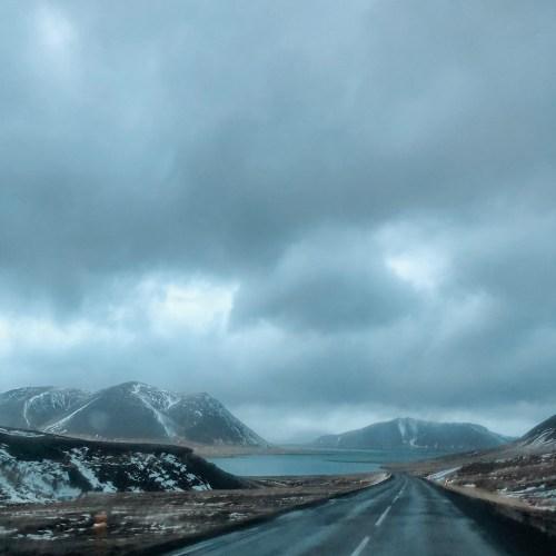 Drive into Grundarfjörður