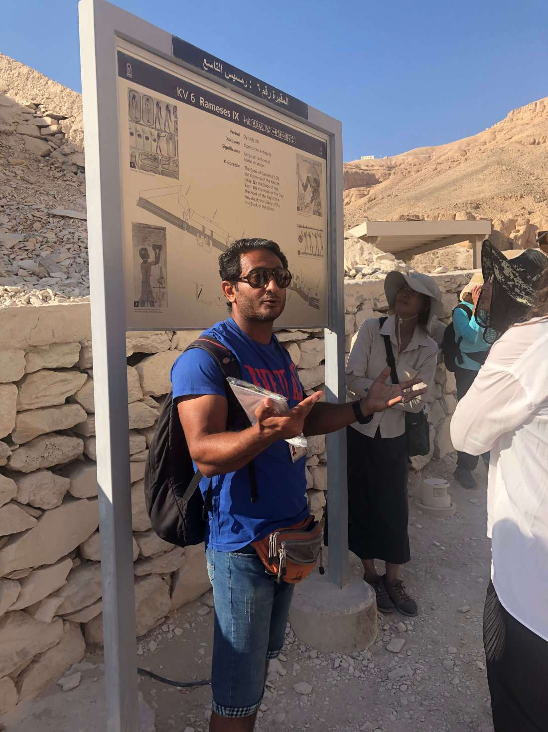 Intrepid-Guide-at-Tomb-of-the-Kings