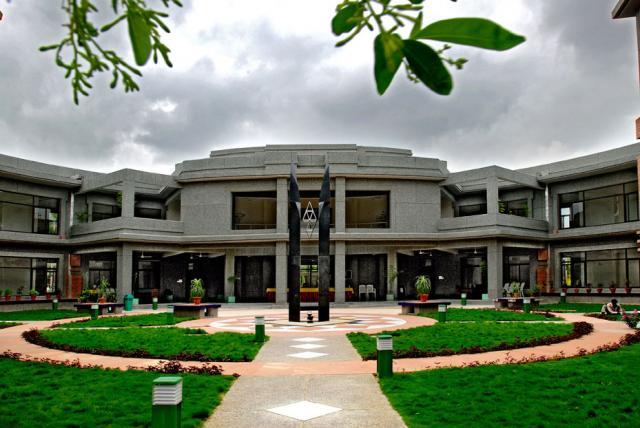 indian institute of technology iit gandhinagar