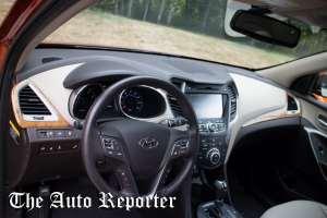 Hyundai Santa Fe (1 of 13)