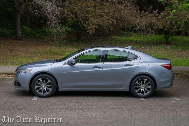 2016 Acura TLX 4-Cyl_01