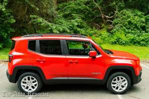 2016 Jeep Renegade Limited 4x4_07