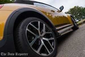 2016-volkswagen-beetle-dune-convertible_41