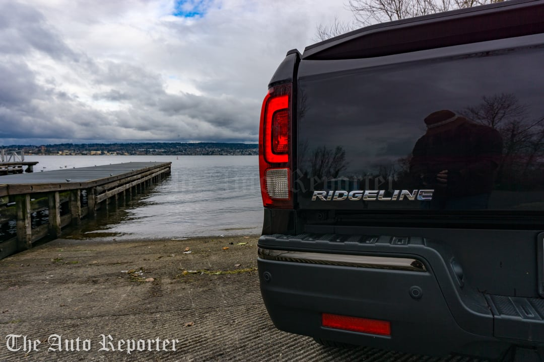 2017 Honda Ridgeline Black Edition _ 08