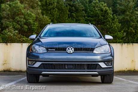 2017 Volkswagen Golf Alltrack-2