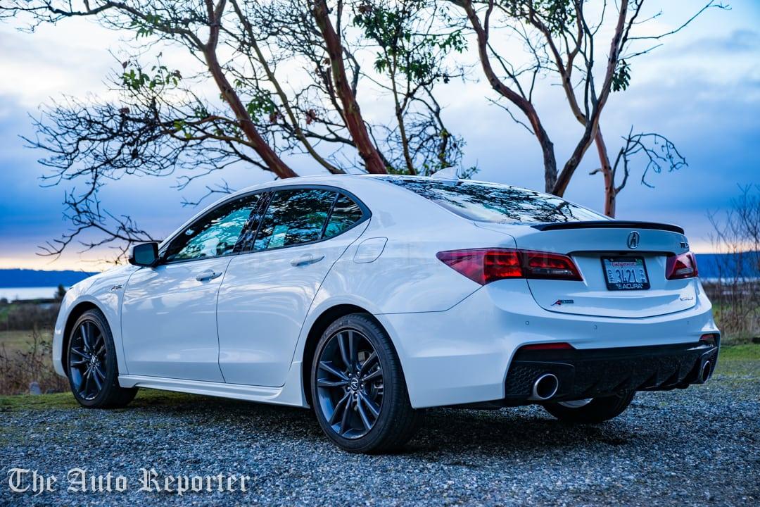 2018 Acura TLX V6 A-Spec SH-AWD_062