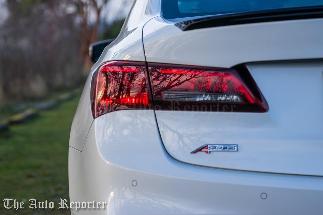 2018 Acura TLX V6 A-Spec SH-AWD_082