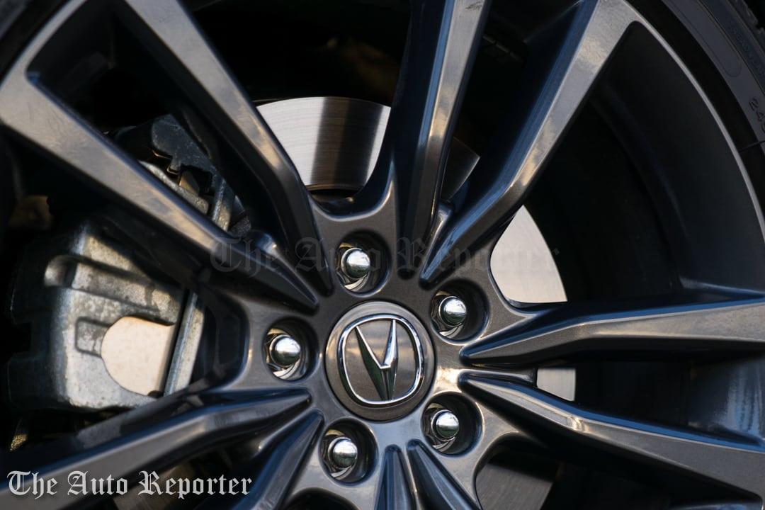 2018 Acura TLX V6 A-Spec SH-AWD_083