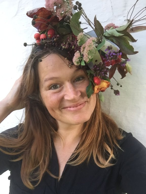 pure qutumn joy! max out on the sparse colours of nature in September with this handmade recycled card floral fascinator diy idea for adults - ulla lake